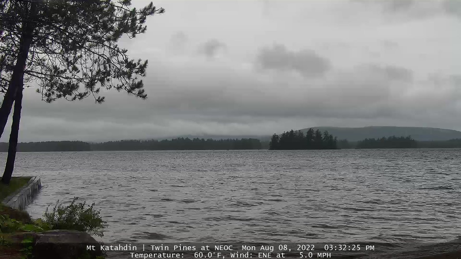Webcam Millinocket Mt. Katahdin from Twin Pine Camps Live webcamera
