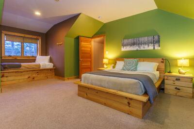 Coveside 3BR Lodge