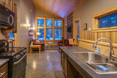 Coveside 2BR Lodge