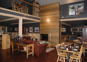 river drivers lounge area