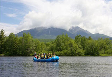 Mt. Katahdin scenery on Whitewater rafting trip
