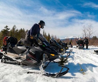 snowmobile-rentals-in-maine